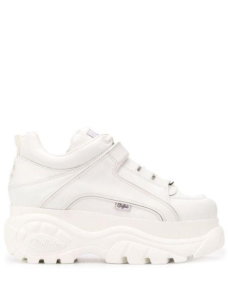 Белые кроссовки на массивной платформе Chunky Buffalo фото