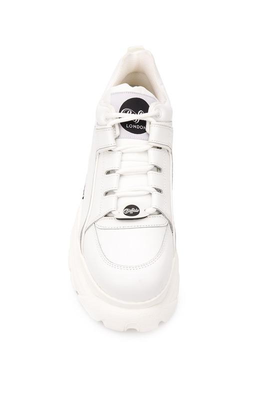 Белые кроссовки на массивной платформе Chunky Buffalo