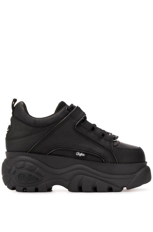 Черные кроссовки на платформе Chunky