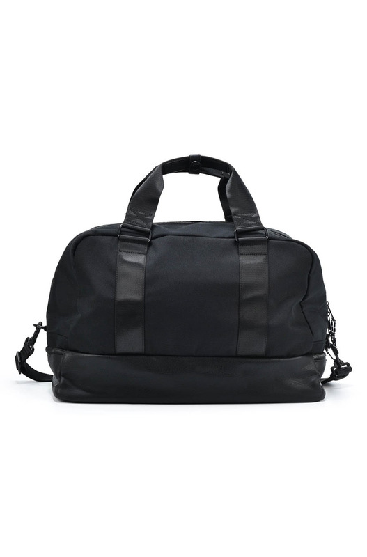 Черная дорожная сумка Bikkembergs, фото