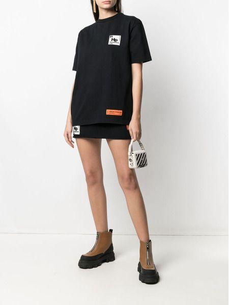 Черная футболка Periodic с короткими рукавами