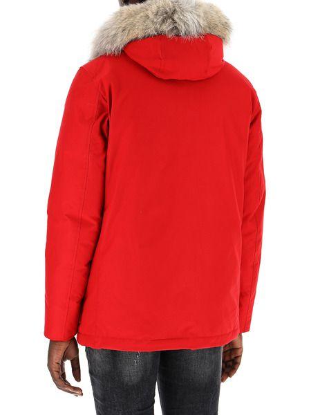 Красный пуховик из хлопка на пуговицах