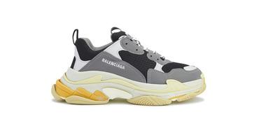 Balenciaga возрождает кроссовки Triple S