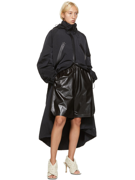 Черное нейлоновое длинное пальто Bottega Veneta, фото