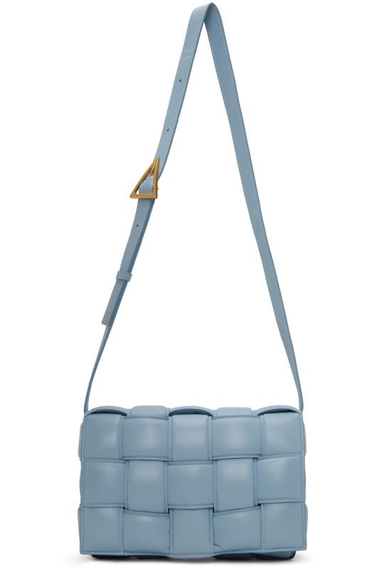 Голубая дутая сумка Cassette Bottega Veneta, фото