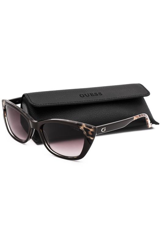 Cолнцезащитные очки в оправе с декором GU7511 48F Guess