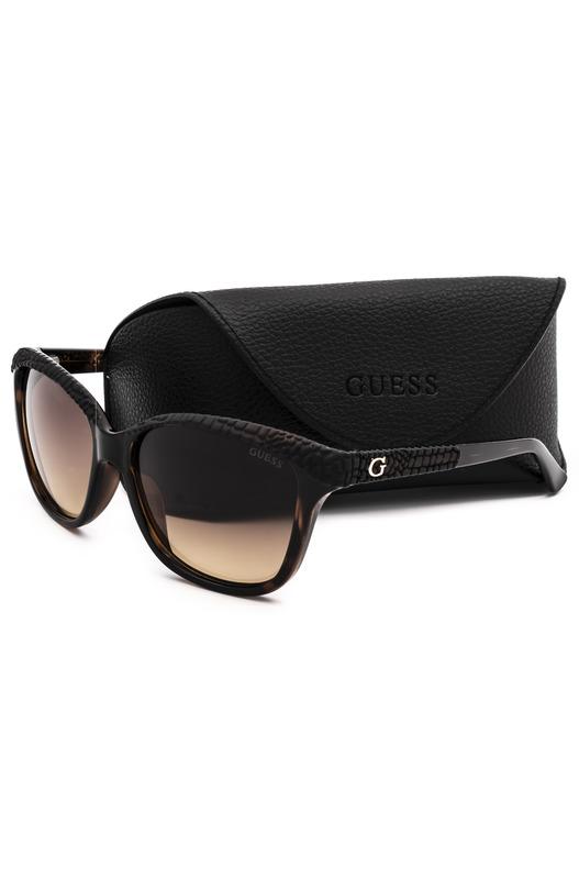 Коричневые солнцезащитные очки GU7401 52F Guess