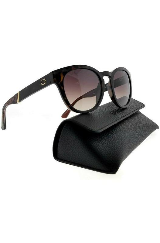Коричневые солнцезащитные очки GU7473 52F Guess