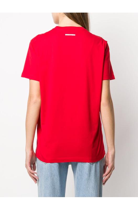 Красная футболка D2 Dsquared2
