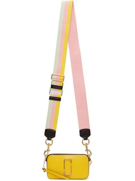 Желтая мини-сумка Snapshot Marc Jacobs фото