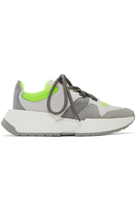 Серые и зеленые кроссовки на шнуровке