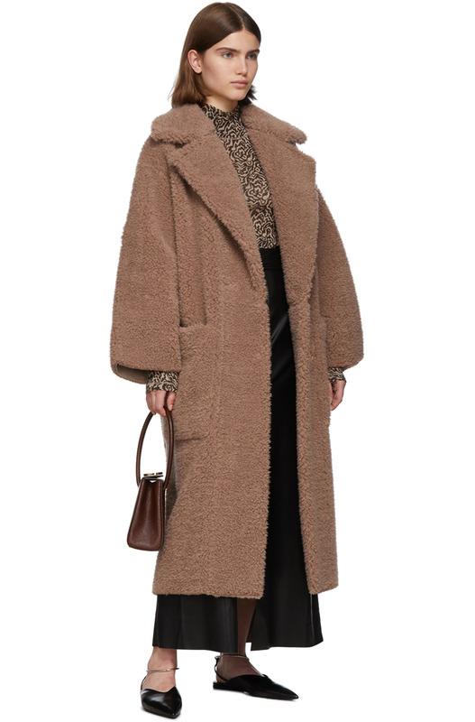 Длинное коричневое пальто из искусственного меха Nanushka, фото