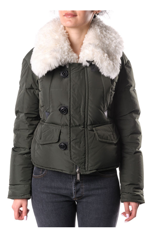 Пуховая куртка с меховым воротником
