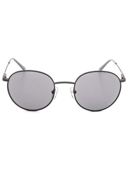 Солнцезащитные очки круглой формы CK18104S 008 Calvin Klein, фото