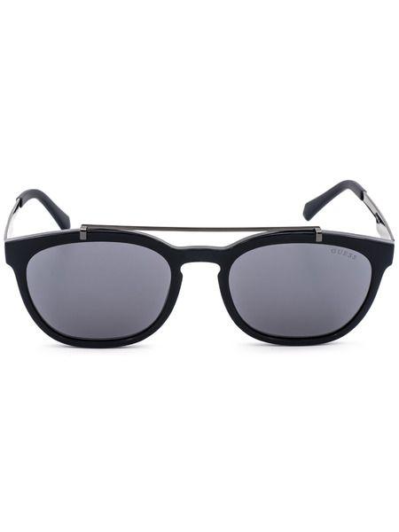Солнцезащитные очки в черной оправе GU6907 90C Guess фото