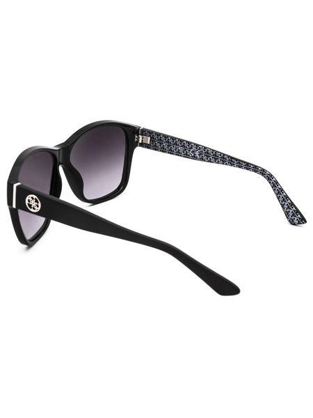 Солнцезащитные очки в черном цвете GU7412 01B