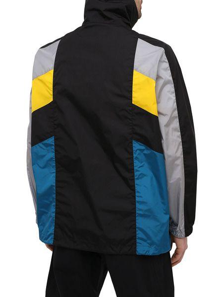 Разноцветный спортивный костюм в стиле колор-блок